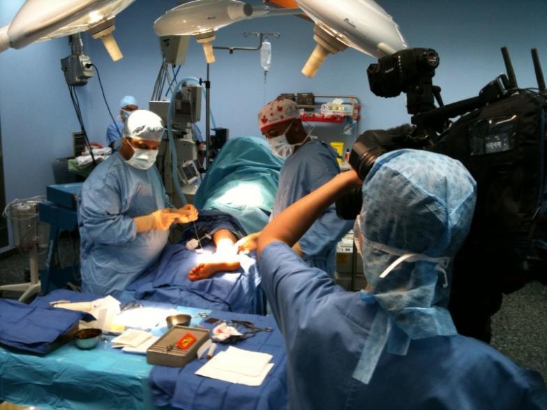 Laugmentation le membre chirurgicalement
